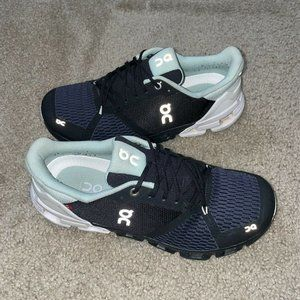 Women's ON Cloud Swiss Engineering Running Athletic Shoes Size 8.5